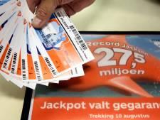 Hoofdprijs! Geluksvogel uit Raalte wint enorm geldbedrag bij Staatsloterij