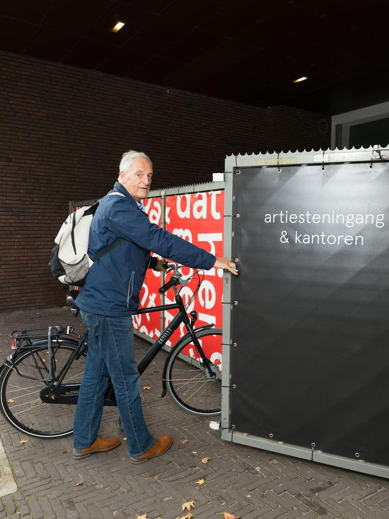 Ruub Petow arriveert bij zijn thuisbasis in Den Haag.  Beeld Ivo van der Bent