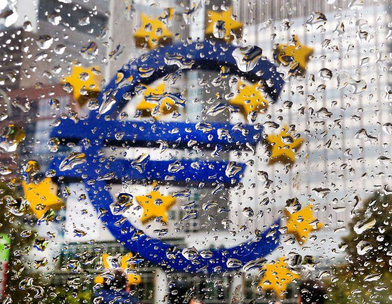 Het Eurobeeld voor de Europese Centrale Bank in Frankfurt. Beeld AP