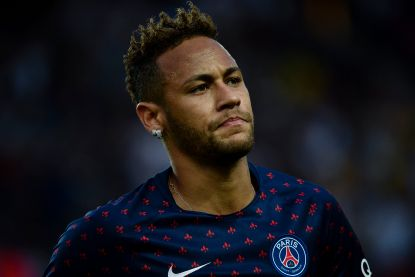"""TT. Hasi haalt gewezen Gentse smaakmaker naar Al Raed - Kortrijk huurt spits van Bologna - """"Real heeft monsterbedrag veil voor Neymar"""""""