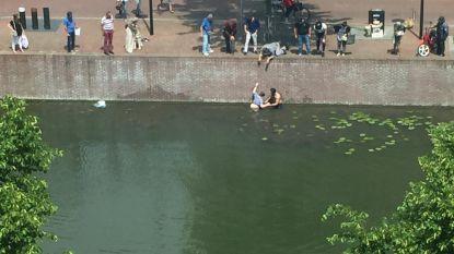 Toerist uit Hasselt redt slechtziende vrouw uit water in Dordrecht