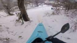 Een alternatief voor de traditionele slee? Probeer eens een kayak