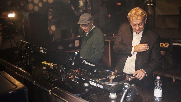 In januari 2013 luidde Eberhard van der Laan de 24 uursvergunning in met een dj-set in Trouw. Beeld Marc Driessen (www.marcdriessen.com)