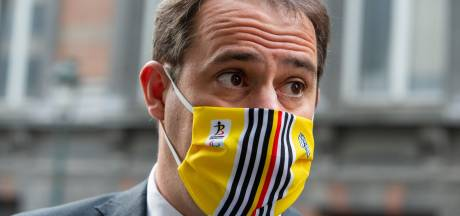 "Au départ contre la fermeture de l'Horeca, David Clarinval appliquera ""loyalement"" les mesures"