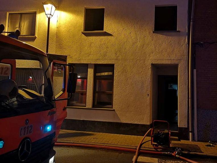 De woning liep hevige rook- en roetschade op.