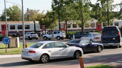 Wie ontwart verkeersknoop aan station?