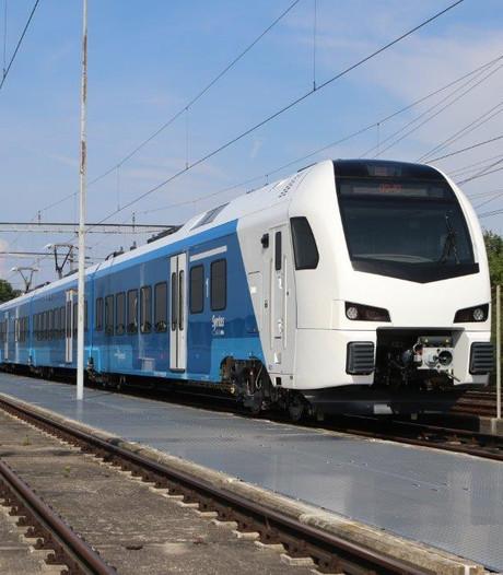 Eerste testrit met nieuwe trein op traject Zwolle-Wierden