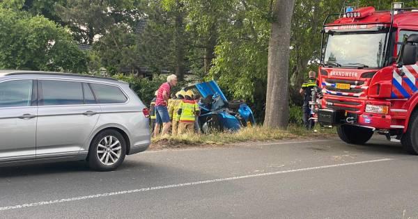 Traumahelikopter landt in Putten voor zwaargewonde na eenzijdig ongeval.