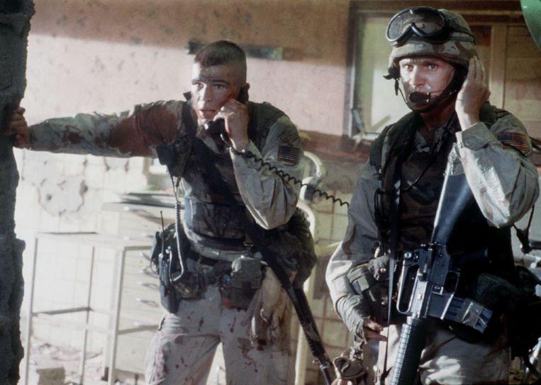 Josh Hartnett en Gregory Sporleder in Black Hawk Down. Beeld Columbia Pictures