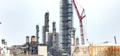 Shell Moerdijk krijgt boete van 2,5 miljoen voor explosie