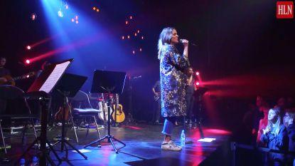 Exclusieve beelden: zo klinkt Karen Damen tijdens repetitie voor eerste soloconcert