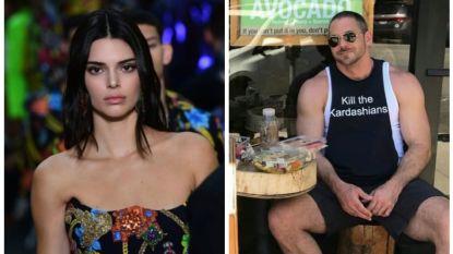 Oeps: Kendall Jenner loopt hater met 'Dood de Kardashians'-shirt tegen het lijf