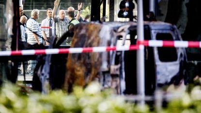 Vluchtauto aanslag Telegraaf uitgebrand teruggevonden