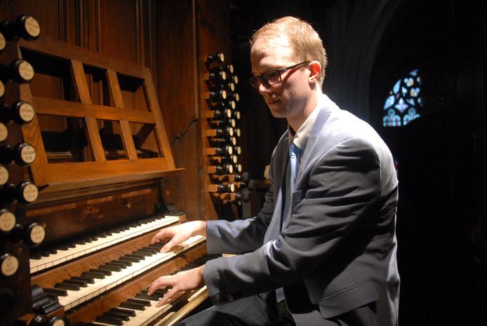 De jonge Goudse organist Bas Koster genoot zelf óók van zijn optreden in de Sint-Jan.