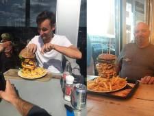 Grote trek? Waag je dan eens aan een monsterhamburger van 1,5 kilo