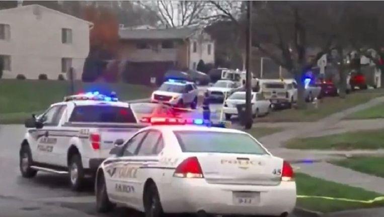 Politie in de buurt van de plaats van de crash Beeld YouTube / Fox 8