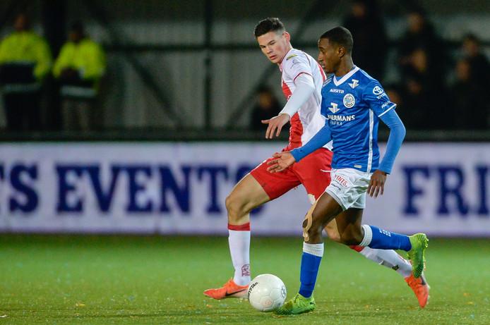 Quincy Veenhof (namens IJsselmeervogels in het bekerduel tegen FC Den Bosch) komt in de zomer naar DVS'33.