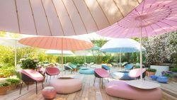 Een bijzondere plek in de schaduw: 8 opvallende parasols