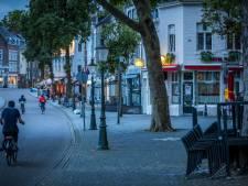 Trio slaat en schopt mannen uit Winterswijk en Ulft op terras in Maastricht