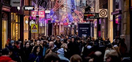 Einde van de winkelstraat? 'Hema gaat het redden en V&D komt terug'