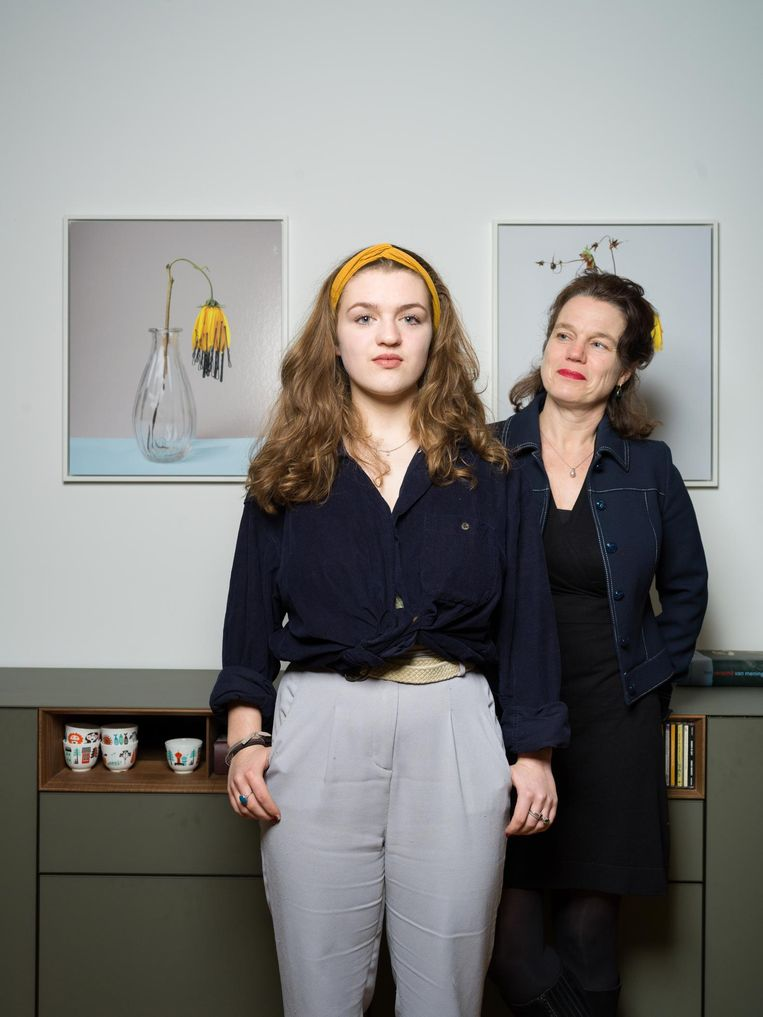 Liesbeth Heidstra en dochter Rifka Roos Beeld Ivo van der Bent