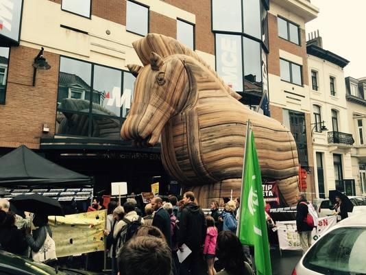 De anti-TTIP demonstratie genomen, woensdag