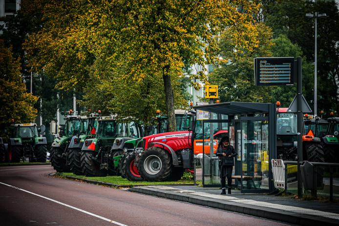 Boeren bezetten het provinciehuis in Utrecht.