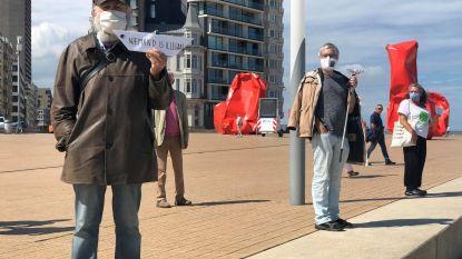 Actievoerders voor vluchtelingen op Zeeheldenplein krijgen GAS-boetes