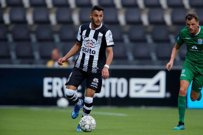 Rohat Agca traint vier weken mee met Heracles. Hij is een jeugdspeler van de gezamenlijke opleiding van FC Twente en Heracles.