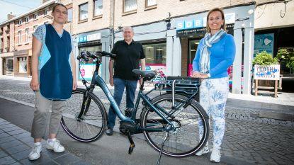 Dienstenchequebedrijf SDB koopt 120 fietsen voor poetshulpen