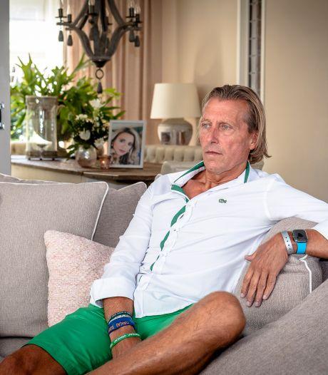 Oud-voetballer Jos van Eck post elke dag een foto van zijn overleden vrouw op Facebook: 'Lindsey was een topvrouw'