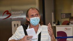 """Bernard vliegt van Tenerife terug om thuis te zijn voor zieke mama op Moederdag: """"Je weet maar nooit dat het de laatste is"""""""