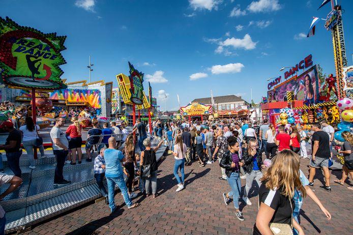 20180902 - Roosendaal - Foto: Tonny Presser/Pix4Profs -  drukte op de Kermis op de Kade