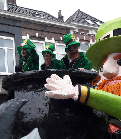 Storm bedreigt carnavalsoptocht door Arnhem: 'Kaarsje opsteken en hopen dat het overwaait'