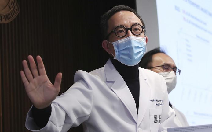 Le professeur Gabriel Leung, célèbre épidémiologiste hongkongais, pense que l'épidémie de nouveau coronavirus pourrait bien toucher près de 60% de la population mondiale.