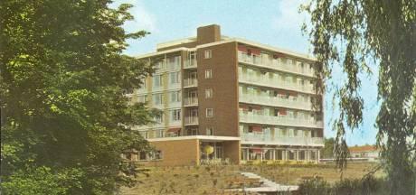 Lelijkste vakantiekaart komt uit Doesburg: geen ansicht- maar 'afzichtkaart'