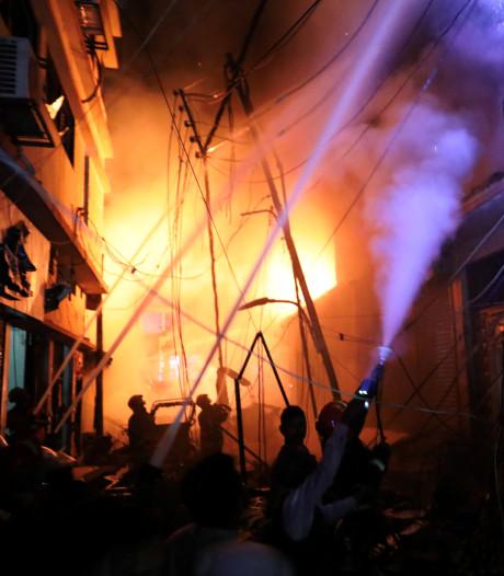 Zeker 56 doden bij brand hoofdstad Bangladesh
