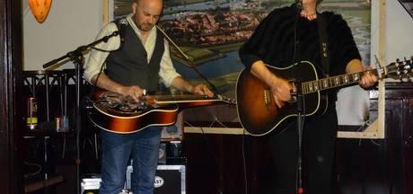 Temperamentvol optreden singer- songwriter Martha Fields in Heusden