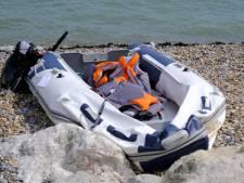 Britse kustwacht onderschept 86 migranten op een dag
