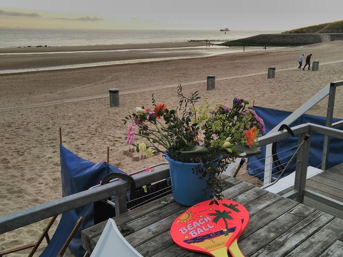 Strandhuisje op het Nollestrand in Vlissingen