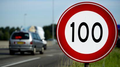 100km/uur op Belgische snelwegen: goed idee of niet?