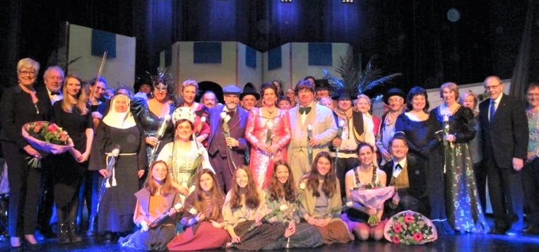 Heidebloem brengt de operette De Zarewitsch.