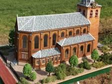 Gesloopte Ochtense kerk komt weer tot leven als maquette