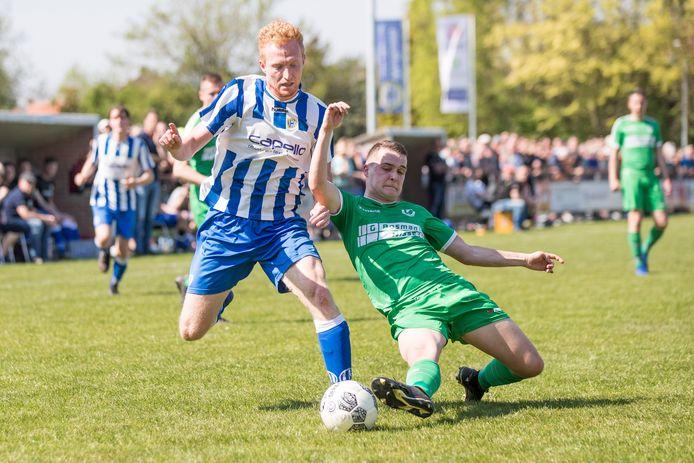 Justin le Conte (links) maakte zaterdag de winnende namens Arendskerke tegen DBGC.