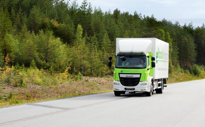 Zweden test het automatisch opladen van elektrische auto's via het wegdek