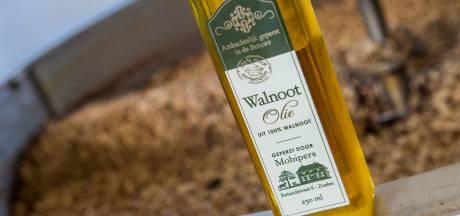 De opmars van walnoten van eigen bodem: Melissa en Rudolf Jan maken er een rijke olie van voor de salade