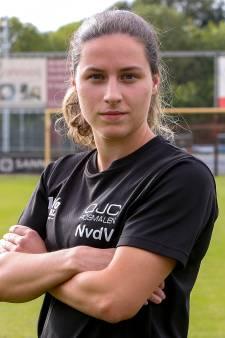 Van Rosmalen naar de VS: alleen visum houdt Emely van der Vliet (20) nog tegen