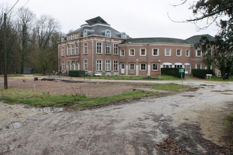 Het kasteel van Zuurbemde, waar voorheen een rusthuis in gevestigd was.
