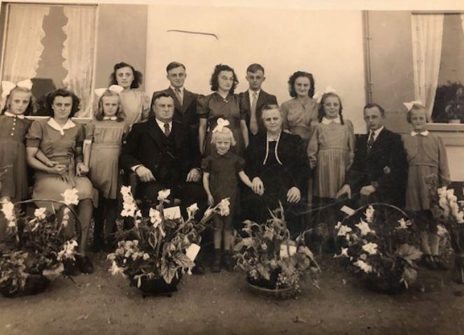 Familie Beijer uit Driel. foto is uit 1950
