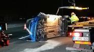 Auto over de kop op E17 in Kruishoutem nadat chauffeur indommelt
